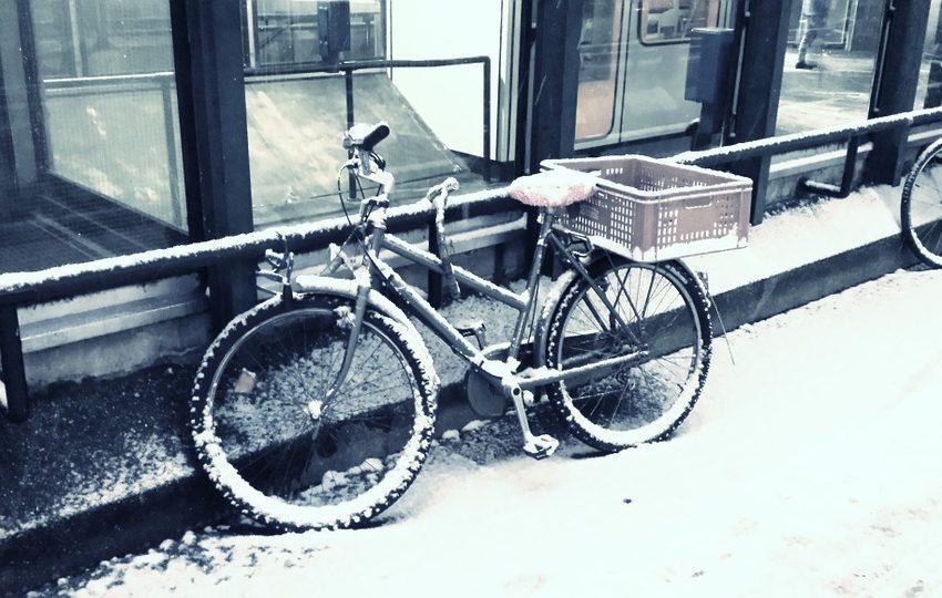 fietsen als het glad is