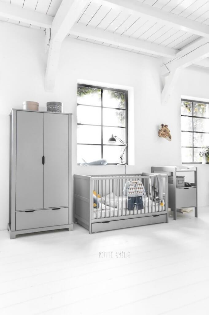 nodig babykamer